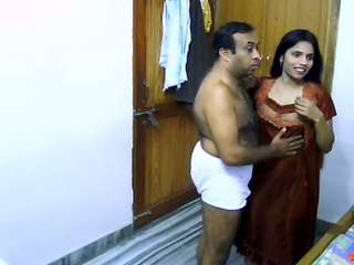 Spy vid 03. Newly married indian couple on their honeymoon